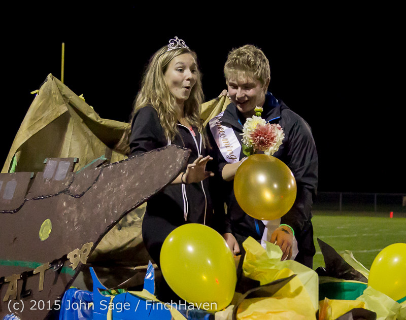 23830 VIHS Homecoming Court and Parade 2015 101615