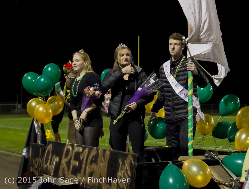 23902 VIHS Homecoming Court and Parade 2015 101615