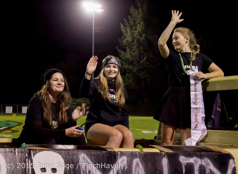 23928 VIHS Homecoming Court and Parade 2015 101615