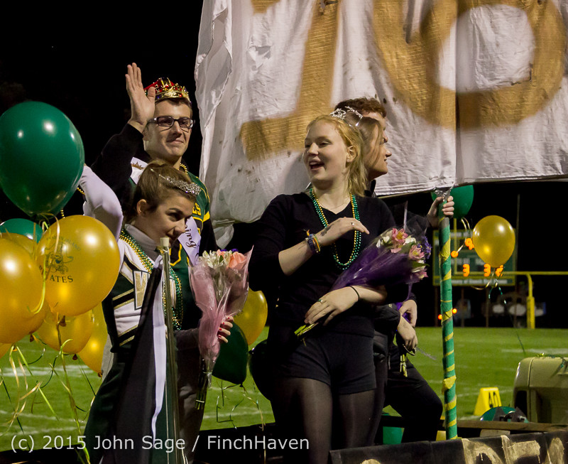 23949 VIHS Homecoming Court and Parade 2015 101615