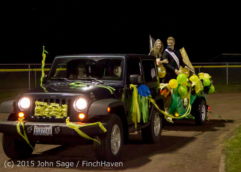 24099 VIHS Homecoming Court and Parade 2015 101615