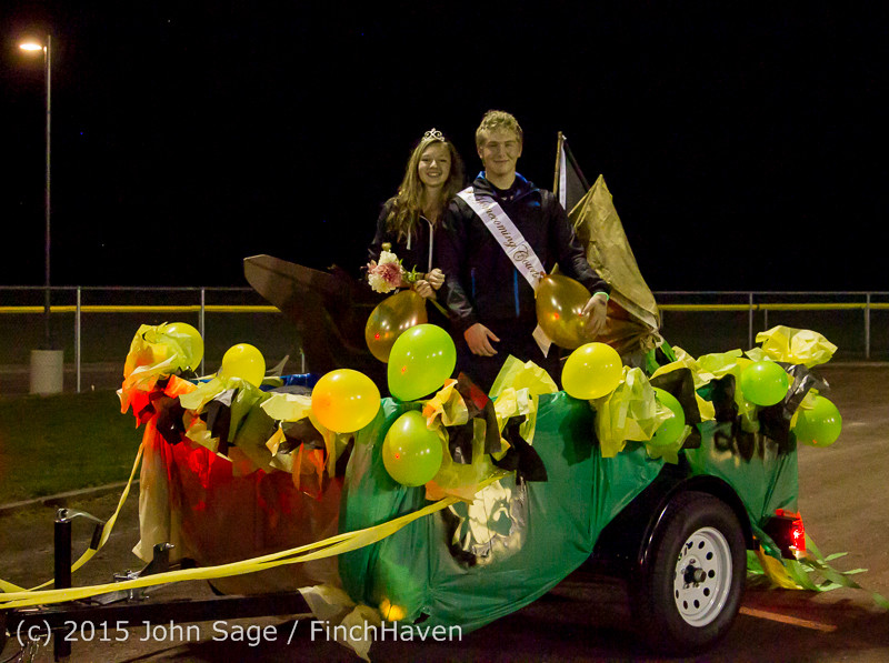 24108 VIHS Homecoming Court and Parade 2015 101615