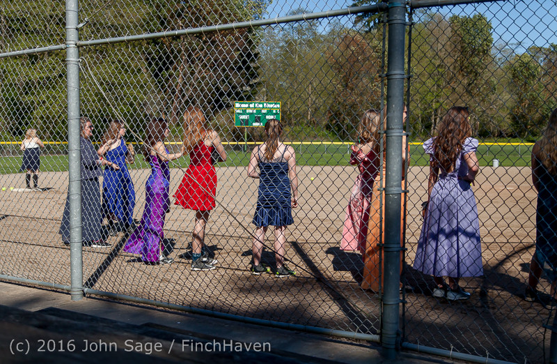 0143 VIHS Softball Prom 2016 040116