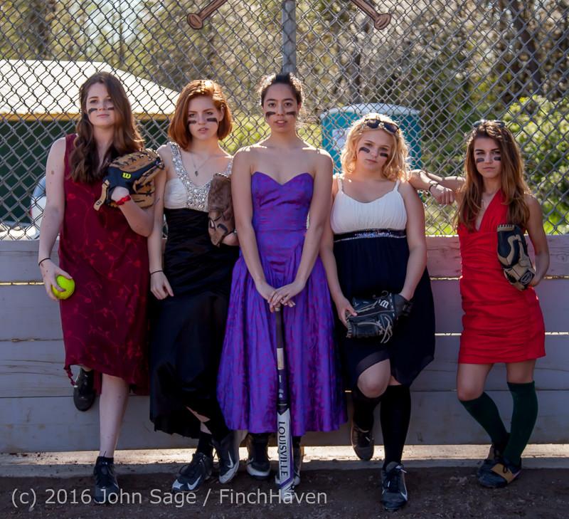 0189-a VIHS Softball Prom 2016 040116