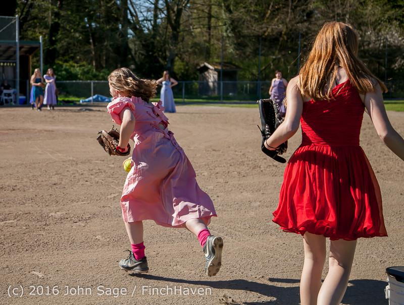 0316 VIHS Softball Prom 2016 040116