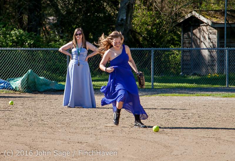 0341 VIHS Softball Prom 2016 040116