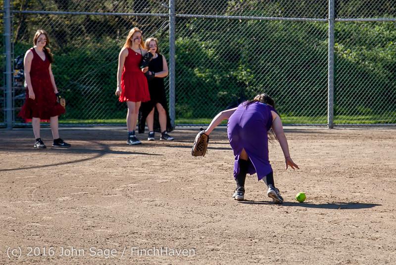 0392 VIHS Softball Prom 2016 040116