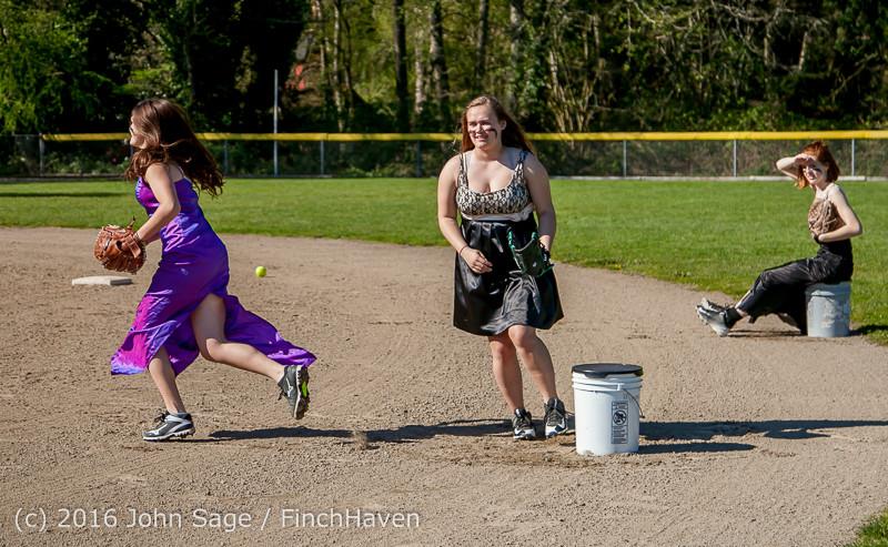 0407 VIHS Softball Prom 2016 040116