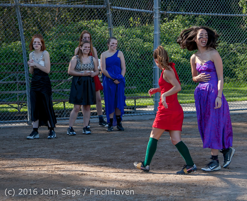 0776 VIHS Softball Prom 2016 040116