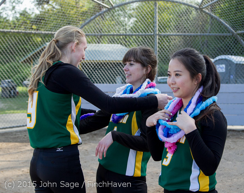 4174 VIHS Softball Seniors Night 2015 042915