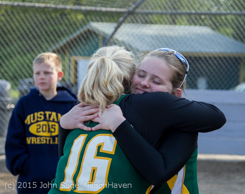 4401 VIHS Softball Seniors Night 2015 042915