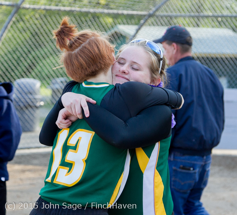 4443 VIHS Softball Seniors Night 2015 042915