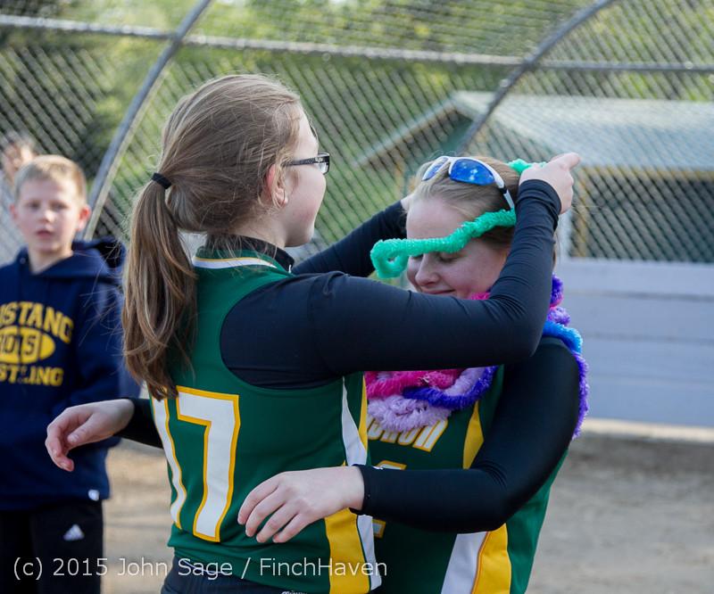 4457 VIHS Softball Seniors Night 2015 042915