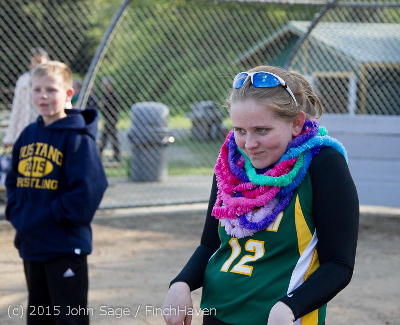 4474 VIHS Softball Seniors Night 2015 042915
