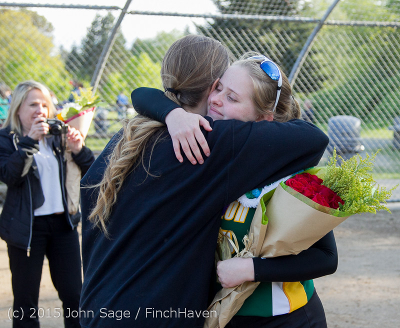 4597 VIHS Softball Seniors Night 2015 042915