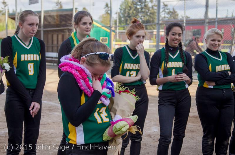 4675 VIHS Softball Seniors Night 2015 042915