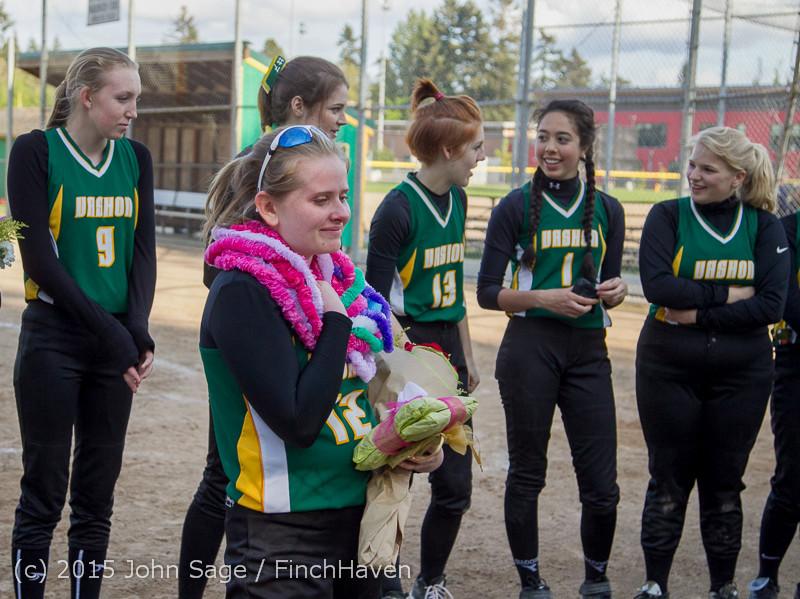 4741 VIHS Softball Seniors Night 2015 042915