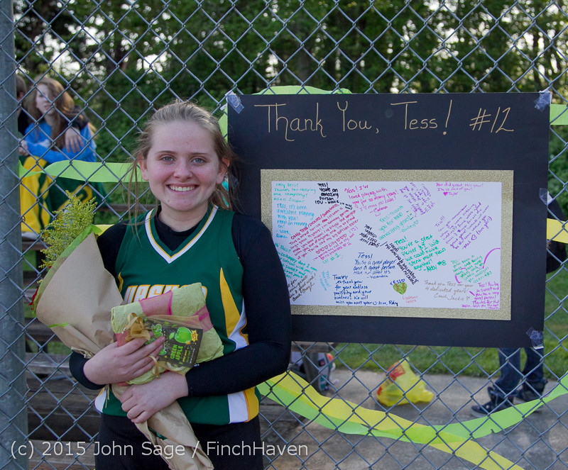 4827_VIHS_Softball_Seniors_Night_2015_042915