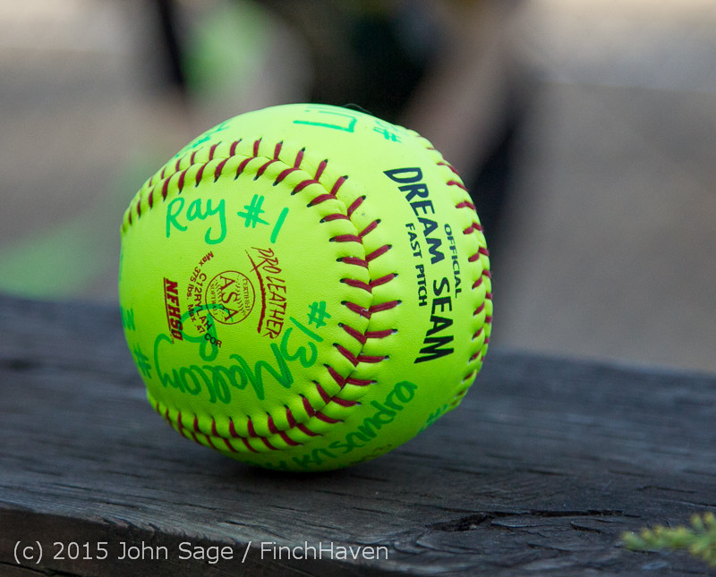 4839_VIHS_Softball_Seniors_Night_2015_042915