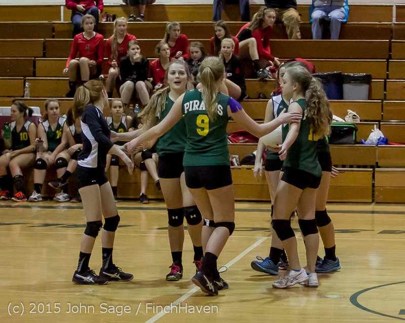 6524_JV_Volleyball_v_Crosspoint_102315