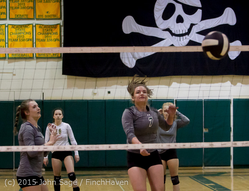 6991_Varsity_Volleyball_v_Crosspoint_102315