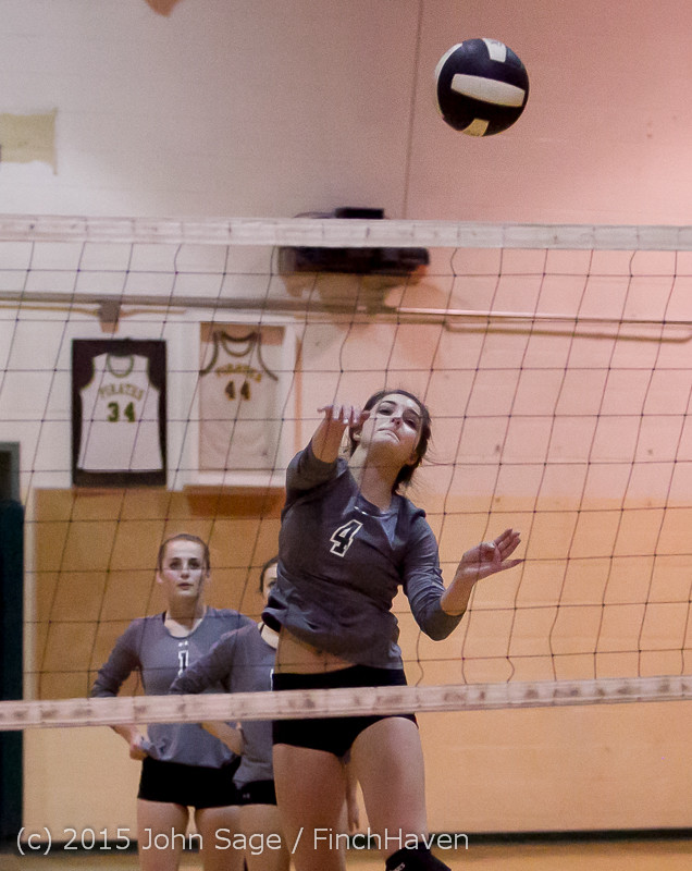 7028_Varsity_Volleyball_v_Crosspoint_102315