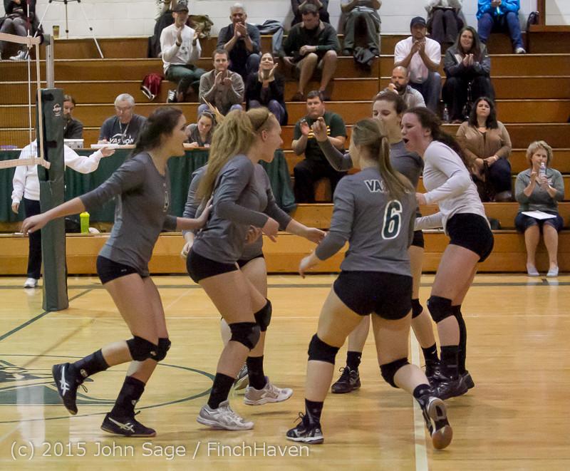 7500 Varsity Volleyball v Crosspoint 102315