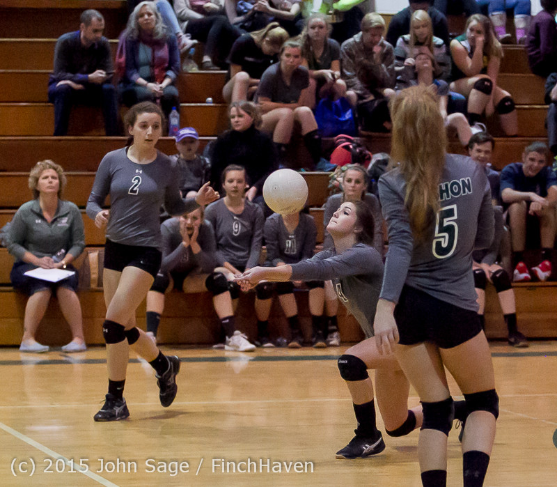 7531_Varsity_Volleyball_v_Crosspoint_102315