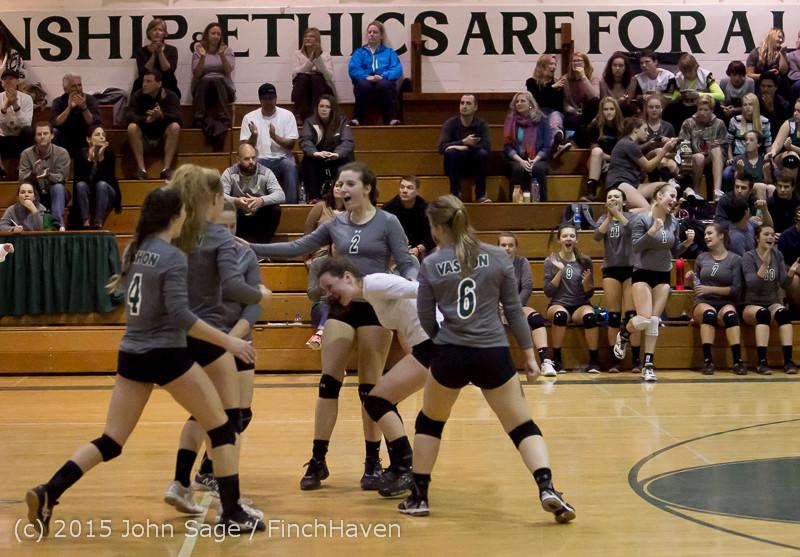 7975 Varsity Volleyball v Crosspoint 102315