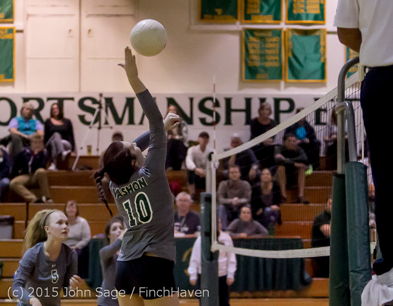 8417_Varsity_Volleyball_v_Crosspoint_102315