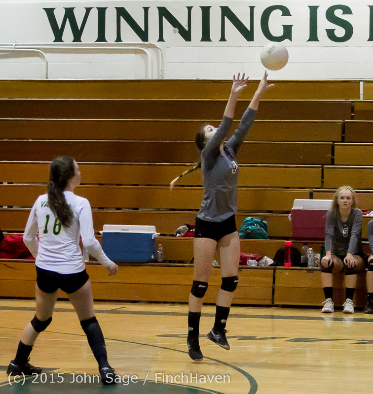 8750_Varsity_Volleyball_v_Crosspoint_102315