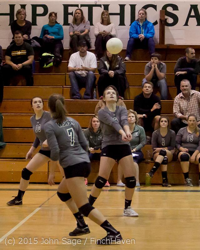 9137 Varsity Volleyball v Crosspoint 102315