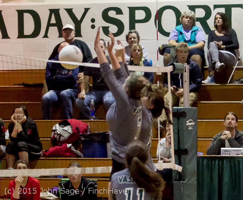 9254_Varsity_Volleyball_v_Crosspoint_102315
