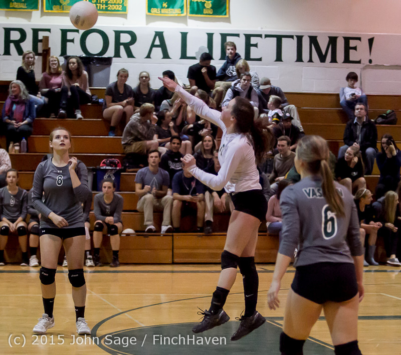 9359_Varsity_Volleyball_v_Crosspoint_102315