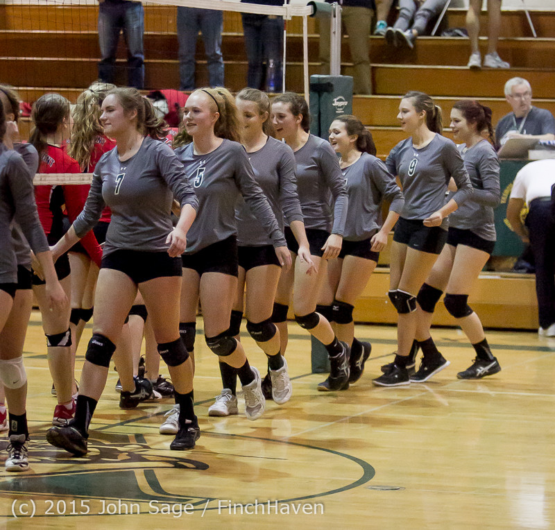 9751_Varsity_Volleyball_v_Crosspoint_102315