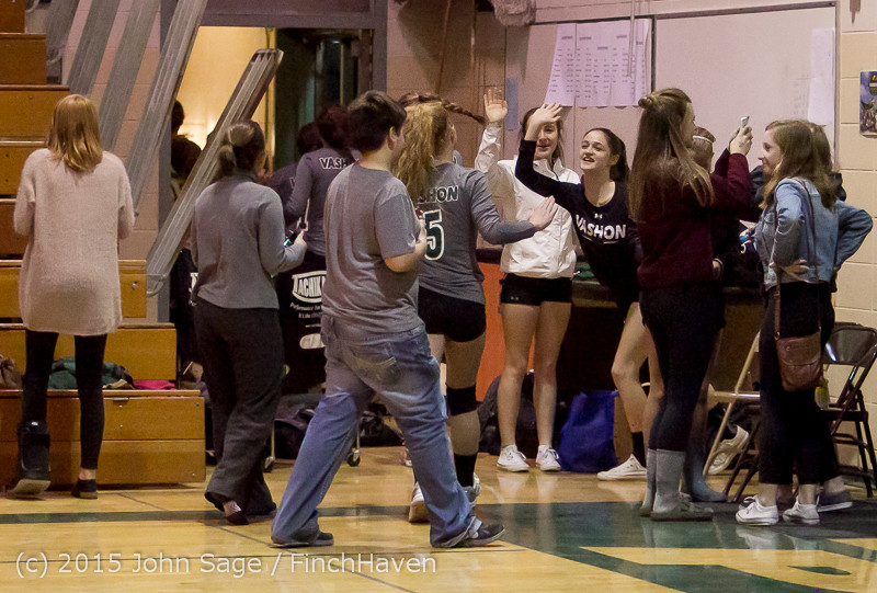 9811_Varsity_Volleyball_v_Crosspoint_102315