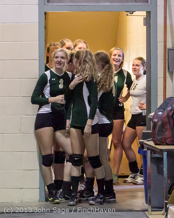 18816 Volleyball v Eatonville 091113