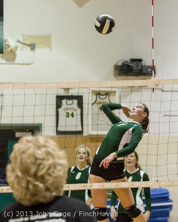 18946 Volleyball v Eatonville 091113