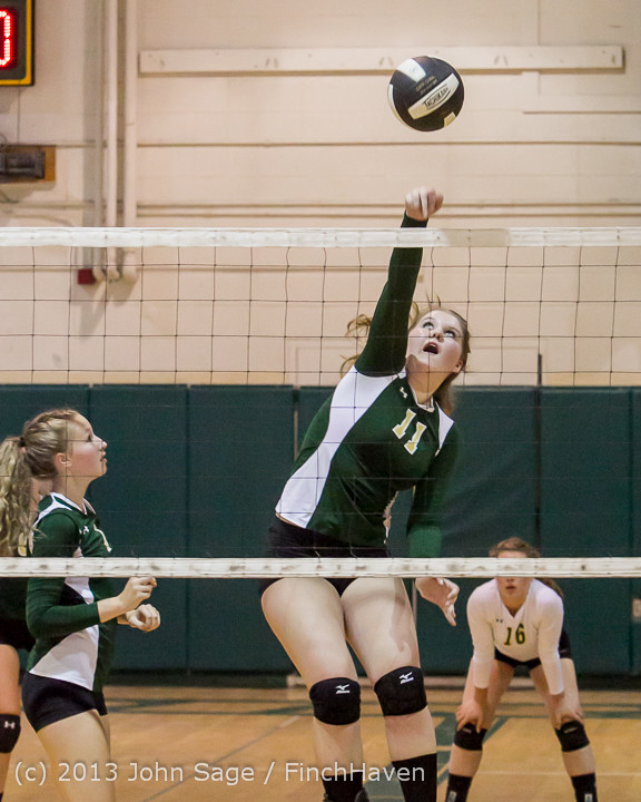 18951 Volleyball v Eatonville 091113