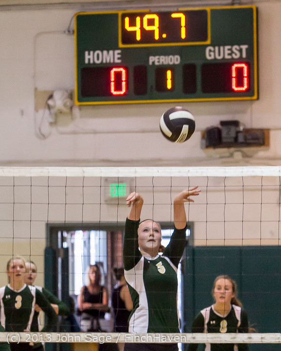 19024 Volleyball v Eatonville 091113