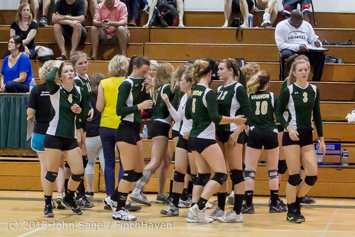 19084 Volleyball v Eatonville 091113