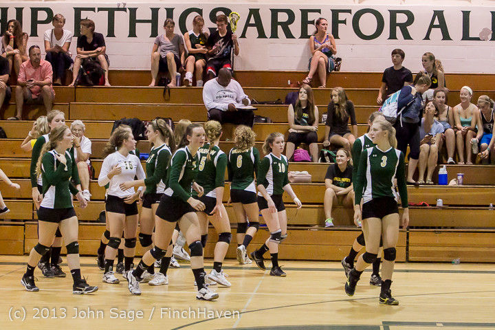 19088 Volleyball v Eatonville 091113