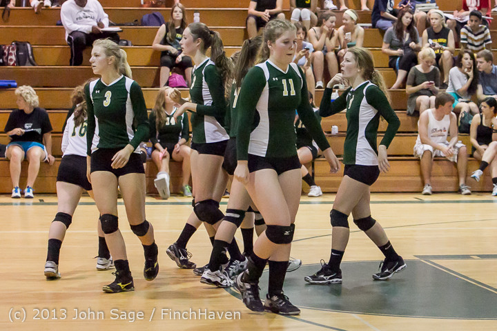 19140 Volleyball v Eatonville 091113