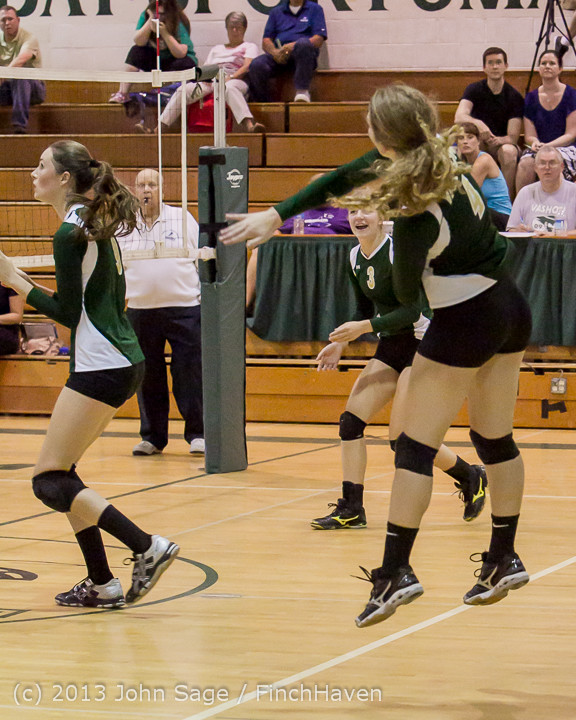 19187 Volleyball v Eatonville 091113
