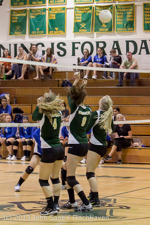 19209 Volleyball v Eatonville 091113