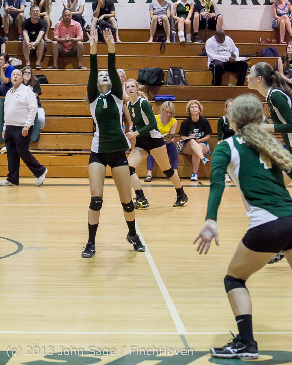 19224 Volleyball v Eatonville 091113