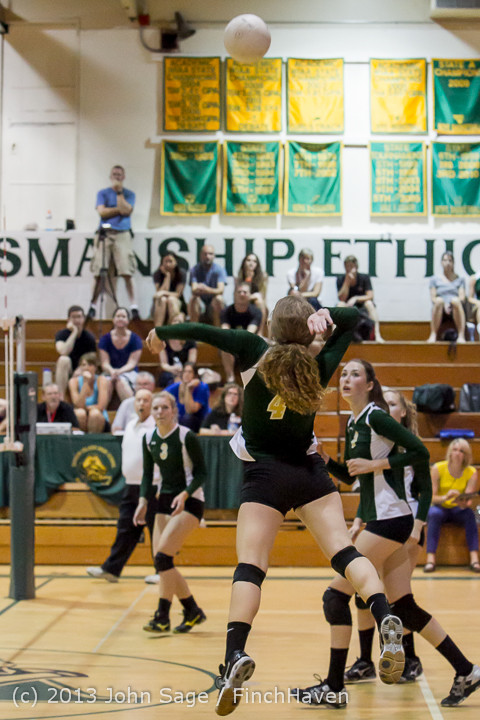 19226 Volleyball v Eatonville 091113