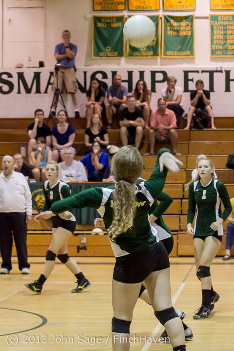19271 Volleyball v Eatonville 091113