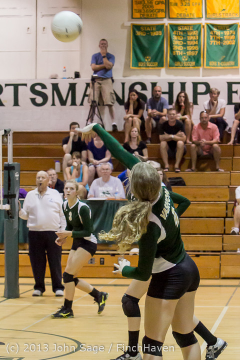 19272 Volleyball v Eatonville 091113