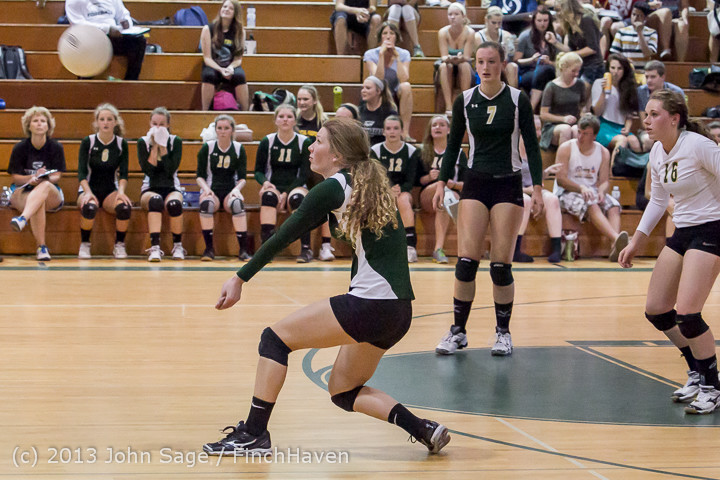 19305 Volleyball v Eatonville 091113